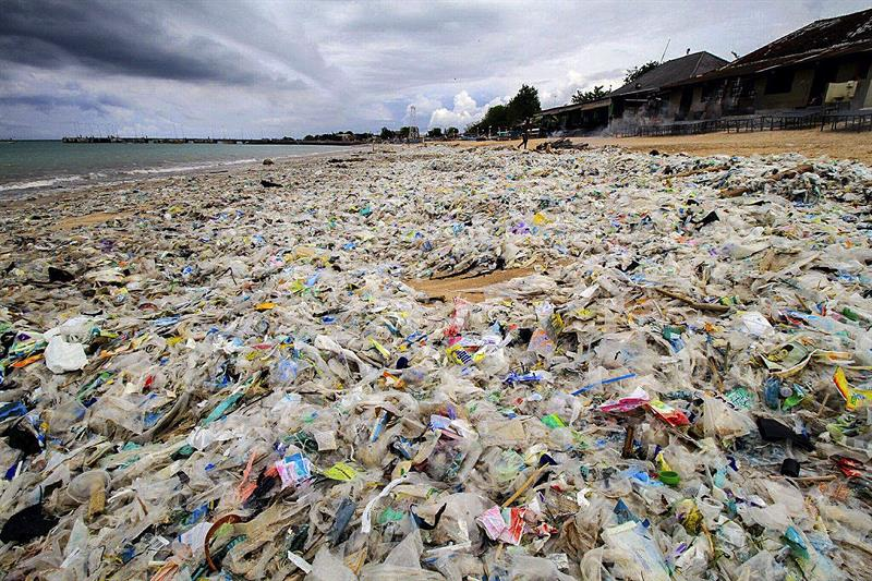 Indonesian tackles plastic scourge